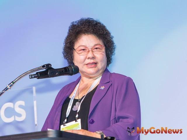 高雄市長陳菊盼中央對於高雄整體鐵路地下化補助比例一致,以弭平城鄉差距,衡平南北發展。