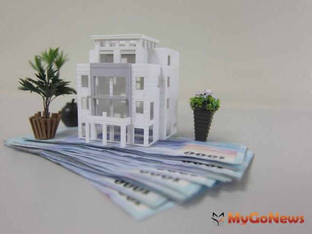 房屋承買人因出售人延遲交付所取得之違約金,應按其他所得於取得年度申報綜合所得稅