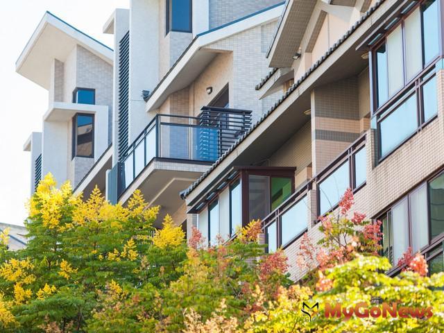 出售持有2年內未設立戶籍之房屋,應依法課徵特種貨物及勞務稅。