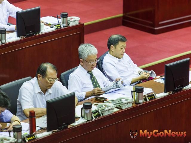 張金鶚擔任台北副市長之後,果真看到不一樣的東西