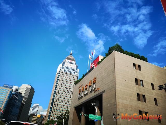 台北市府並將以資產多元運用與積極管理概念,辦理國宅社區商業設施開發利用及收益管理