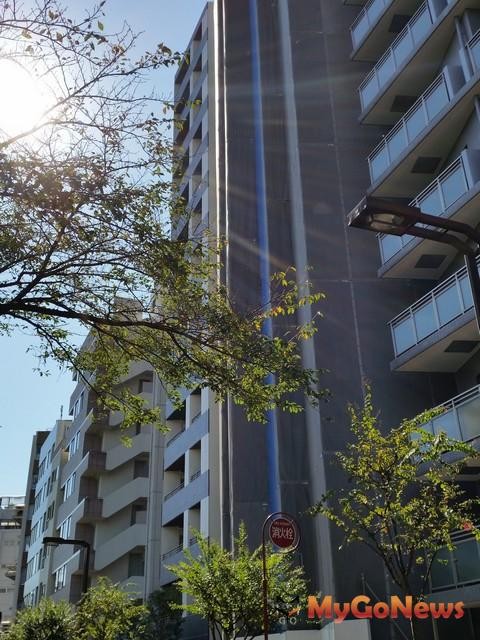 C-1築地正對櫻木綠道,環境優美。
