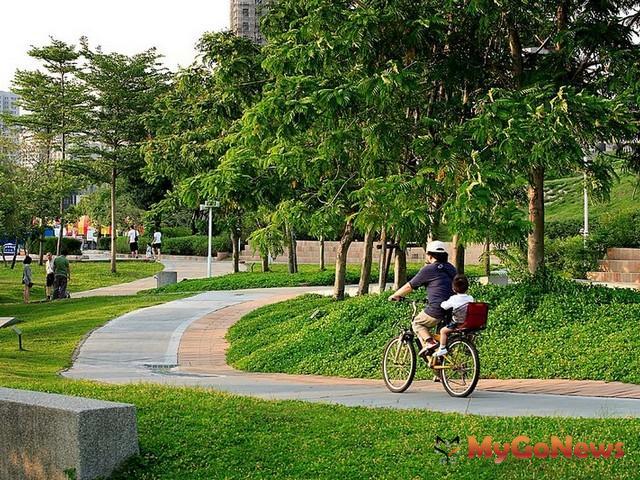 森林公園是台中市區內唯一最大的公園綠地,因此對於週邊的房價具有拉抬的作用