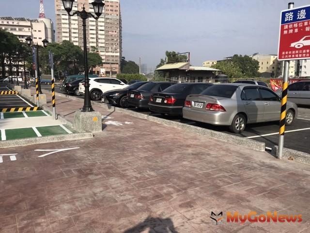 楠梓區青埔溝公共停車場已完工開放停車,請民眾多加利用(圖:高雄市政府)