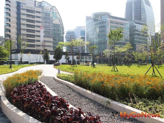 內科誕生新綠洲 士林活化老公園 同獲北市工程卓越獎(圖:台北市政府)