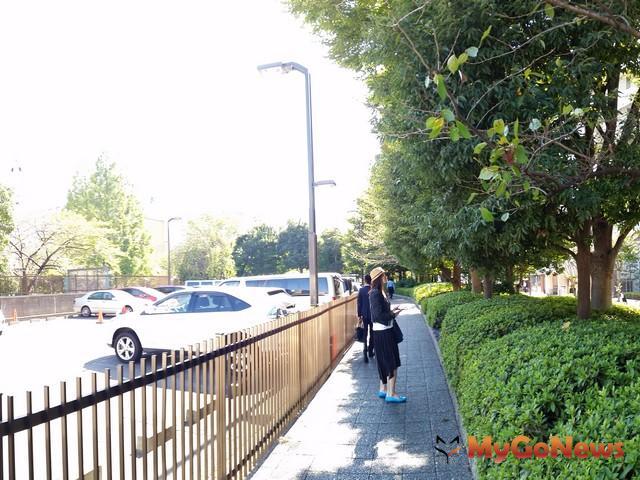 C-2築地正對櫻木綠道,環境優美。