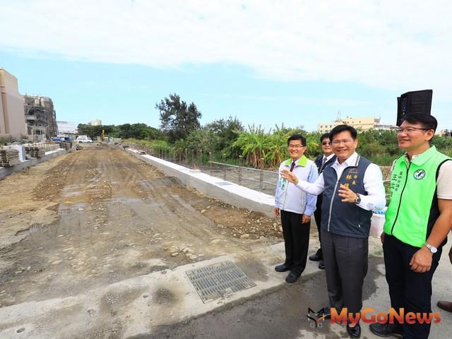 清水區10-1-2號計畫道路開工,林佳龍:打通道路迎接重大建設來臨(圖:台中市政府)
