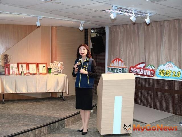 地政局長陳淑美表示,台南市重大公共建設及台商回流投資議題持續發酵,帶動2019年第4季土地及建物交易量較上季同步增長