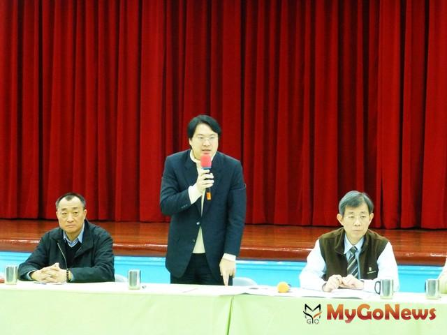 林右昌市長親自主持協調會,壯觀台北社區二十年供水、漏水問題終於有解(圖:基隆市政府)