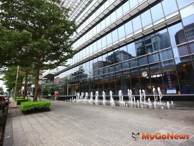 2012年第1季於台北市新設立之外商公司較去年同期成長2成,造成台北市辦公大樓的需求逐漸上揚。