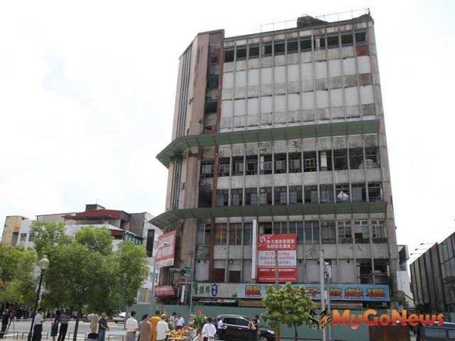 在地市民慣稱合作大樓為「九層樓仔」(圖:台南市政府)