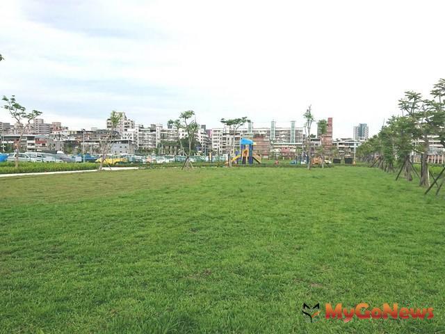 上半年已完成的三重區仁信段綠美化基地(圖:新北市政府)