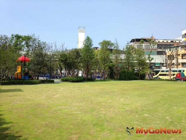繁忙城市之喘息空間 中和員山路公園將完工啟用(圖:新北市政府)