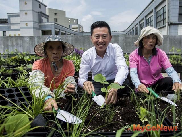 新竹市補助低碳家園 首推客製化綠屋頂打造專屬空中花園(圖:新竹市政府)