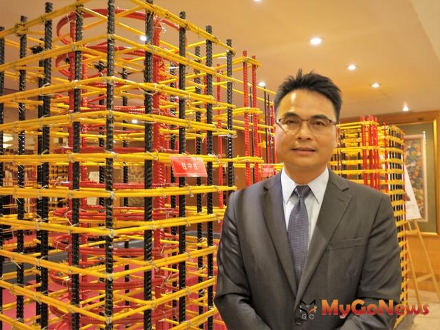 建築安全履歷協會理事長戴雲發推廣建築安全,期許將台灣建築安全推到更上一層樓。