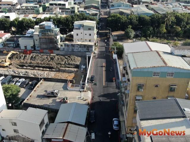 高雄市府 打通中庸街,道路縫合帶來交通便利(圖:高雄市政府)