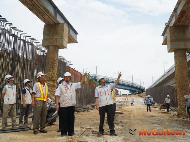 高鐵橋下公道五--員山段,預計10月底完工(圖:新竹縣政府)