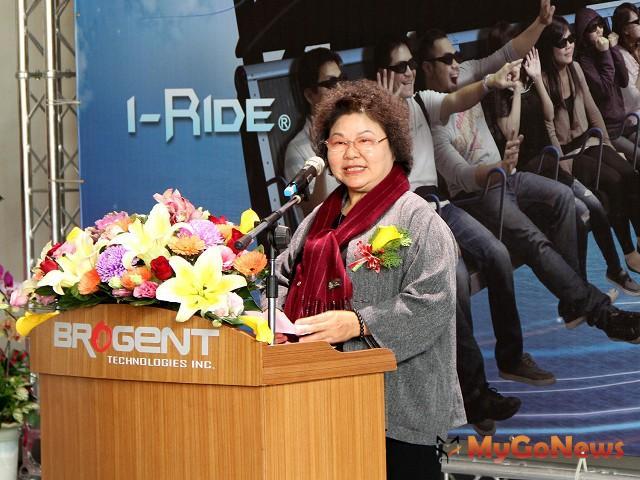 陳菊表示,已制定「高雄市促進產業發展自治條例」,提高數位內容產業新進員工薪資補貼額度。(圖:高雄市政府)