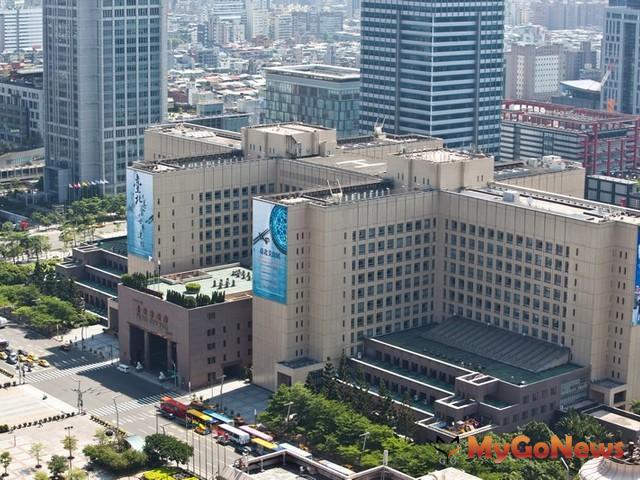 台北市未來將提高新建建築物綠建築設計標準、擴大應取得綠建築標章適用範圍、建立綠建築維護管理制度
