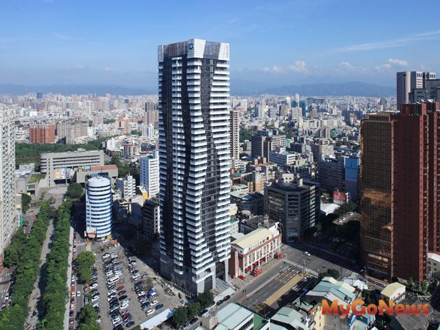 台中「亞太雲端」新落成,受兩岸服務貿易協議影響而受市場青睞。