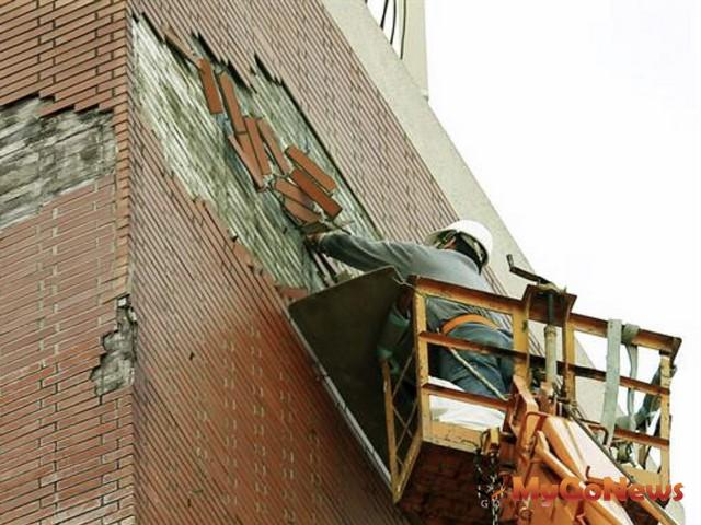 台北市老舊建物外牆修繕,提高補助上限至10萬元(圖:台北市政府)