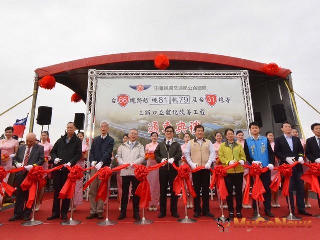 66快速道路新屋高架段通車,游建華:路口立體化,完善交通路網(圖:桃園市政府)