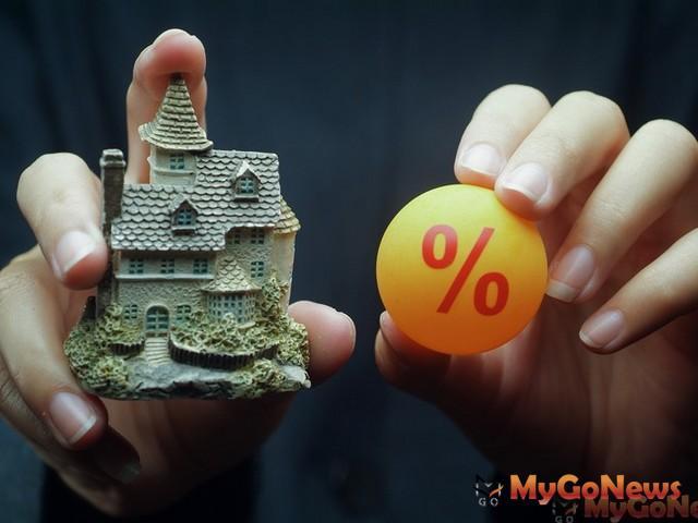高雄市政府全台首推購屋利息加碼補貼,提供貸款額度最高500萬元,前5年年息0.5%的貸款利息補貼。
