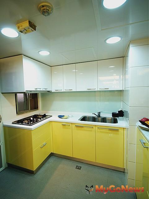 最愛改造第2名:實用又容易清理的廚房(圖:永慶房產集團居家服務中心)