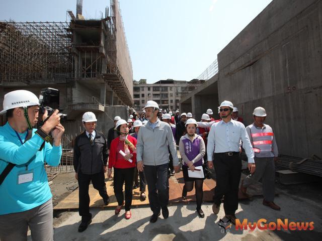 新莊大漢溪新月橋4月底啟用 蘆洲鴨母港抽水站10月改建完成