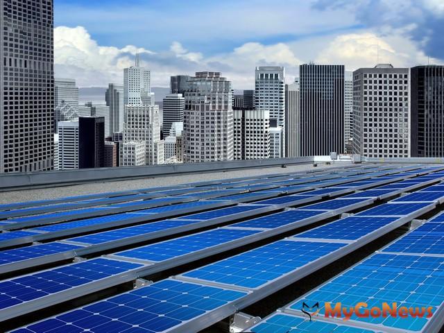 呼應中央綠能政策,中市府補助最高30萬媒合家戶屋頂設太陽能板