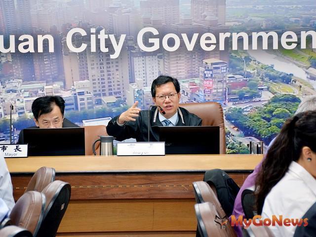 邁向智慧城市!鄭文燦:普及4G寬頻基礎建設,智慧城市、智慧生活向前走(圖:桃園市政府)