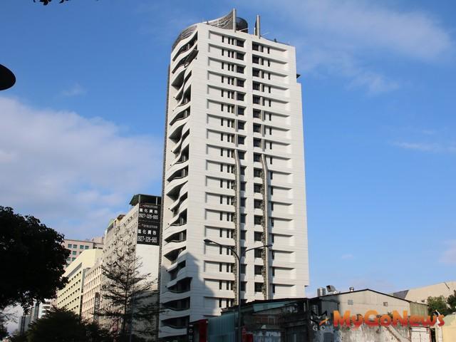 豪宅重稅苦主「華固松疆」守住預售價,高樓層成交每坪133.8萬元