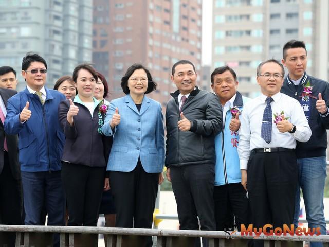 總統盼中央地方攜手合作,讓淡江大橋如期如質完工(圖:新北市政府)