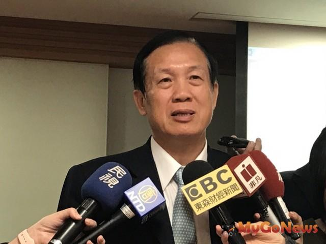 賴正鎰:國人對台股觀望致使股價受累,鄉林首度實施庫藏股,擬買回1.25萬張