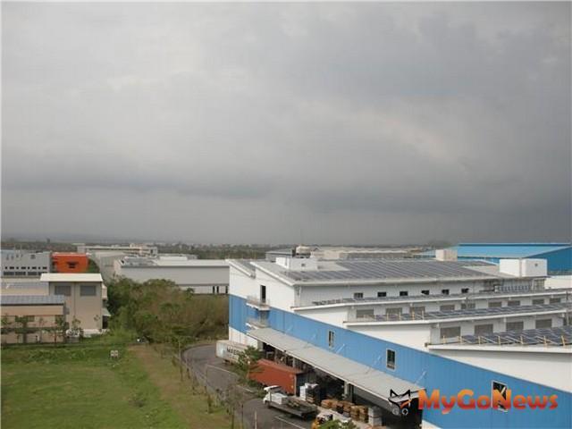 經濟部:加工區變身太陽能發電站,減碳達12座大安森林公園(圖:經濟部)