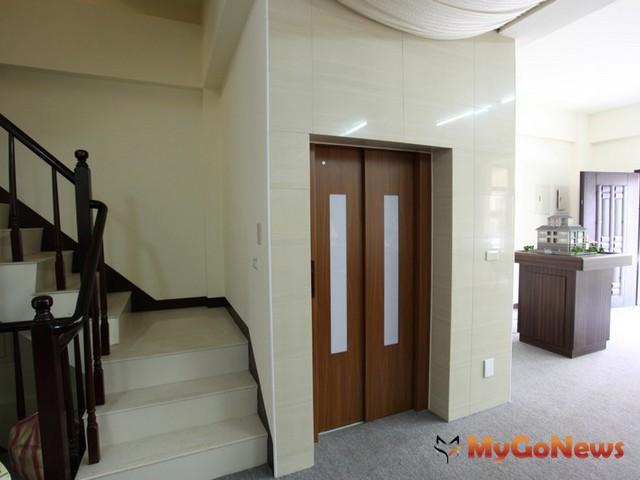 房屋裝設的電梯需課徵房屋稅