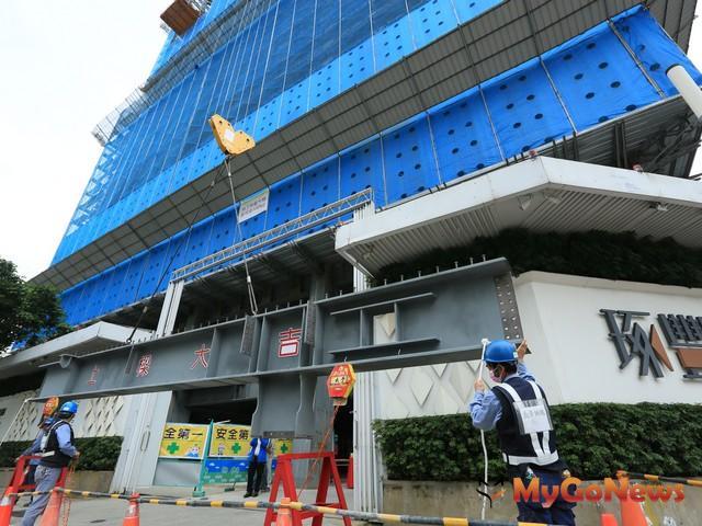 台北市飯店寓邸圓滿銷售典範 大陸建設「琢豐」風光上樑
